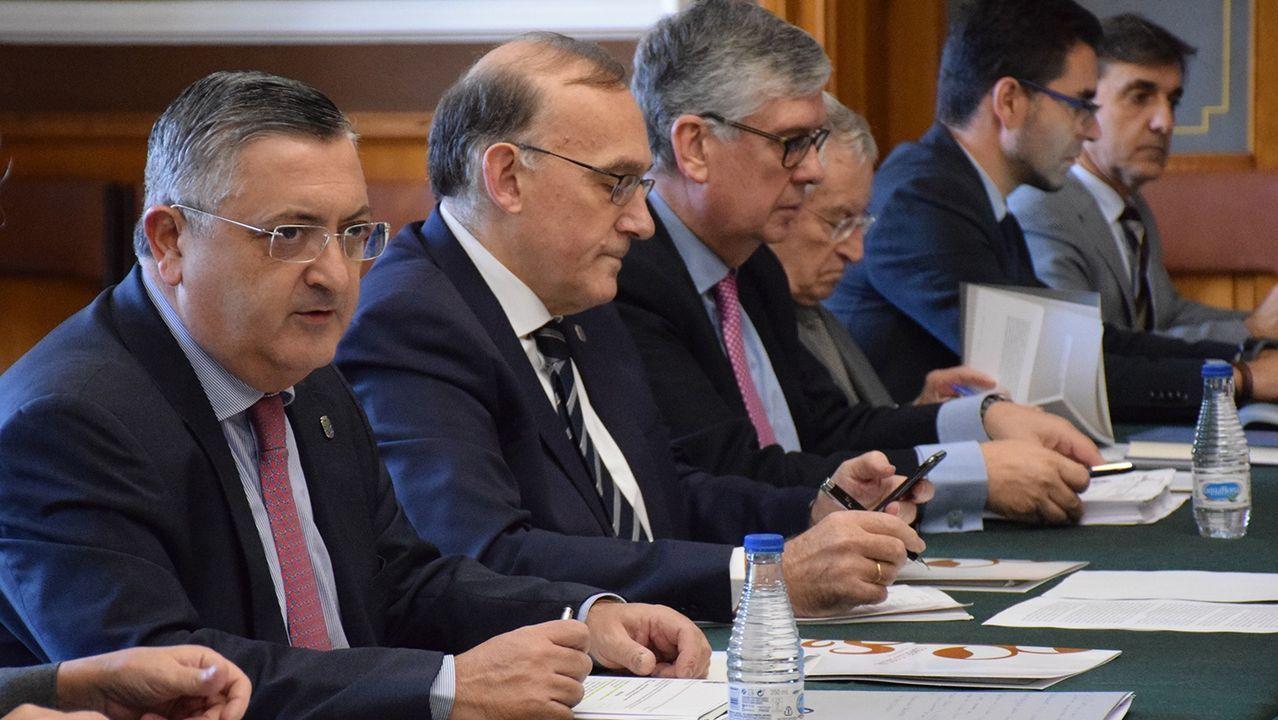 La jornada definitiva de la sesión de investidura, en imágenes.El vicepresidente y consejero de Infraestructuras, Medio Ambiente y Cambio Climático, Juan Cofiño