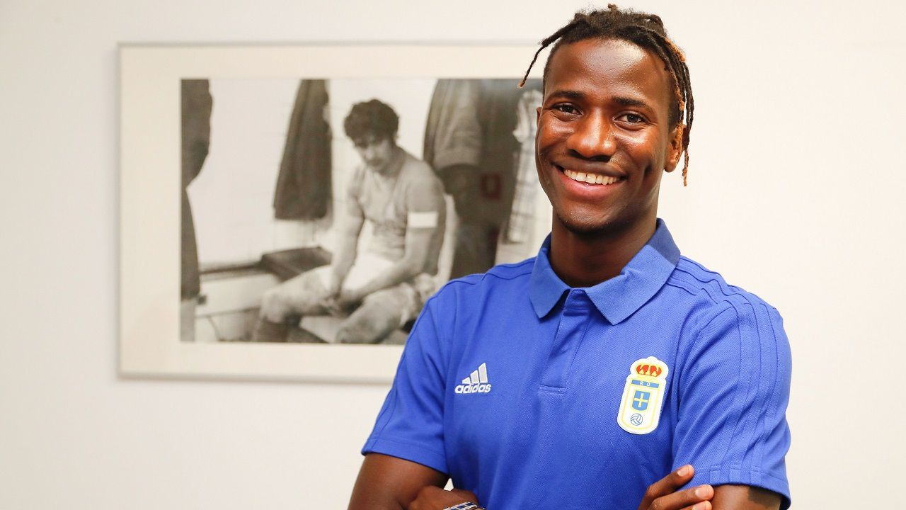 Alfonso Herrero Folch Cotugno Real Oviedo Huesca Carlos Tartiere.Ibrahima Baldé