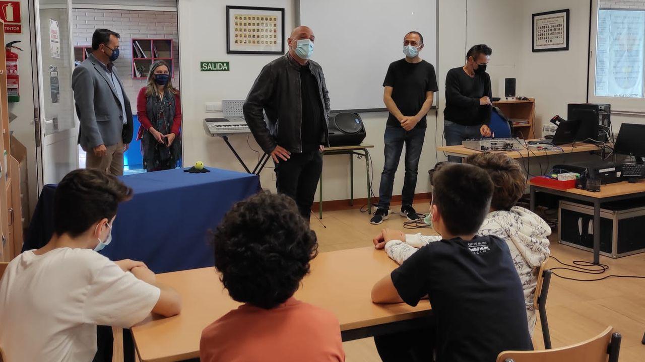 Visita de Armando Ojea al CEIP Mestre Vide