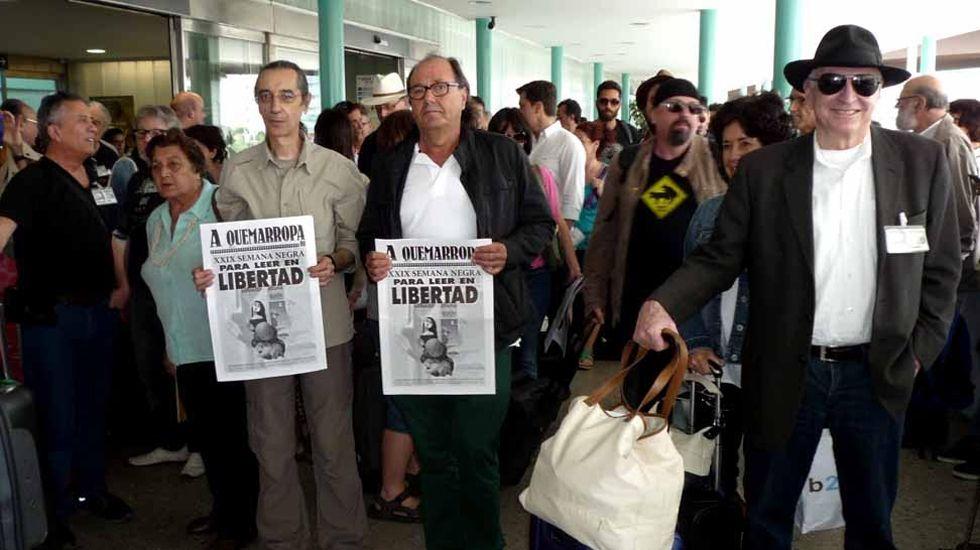 Ramón Gallego con Haile Gebreselassie.Recepción del Tren Negro. A la izquierda, William Gordon, junto a Mario Suárez del Fueyo (centro) y José Luis Paraja
