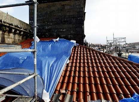 Wert se borra de los Goya.La Catedral sufre numerosas deficiencias graves, en su mayor parte provocadas por el problema de las cubiertas.