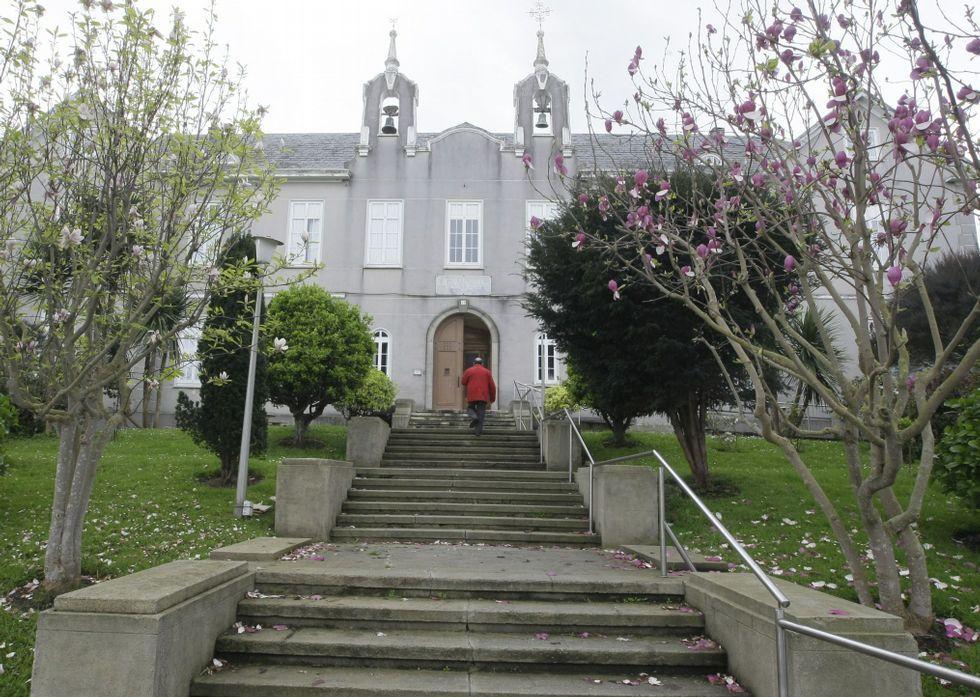 El asilo de ancianos focense celebró su 75 aniversario en el año 2008.