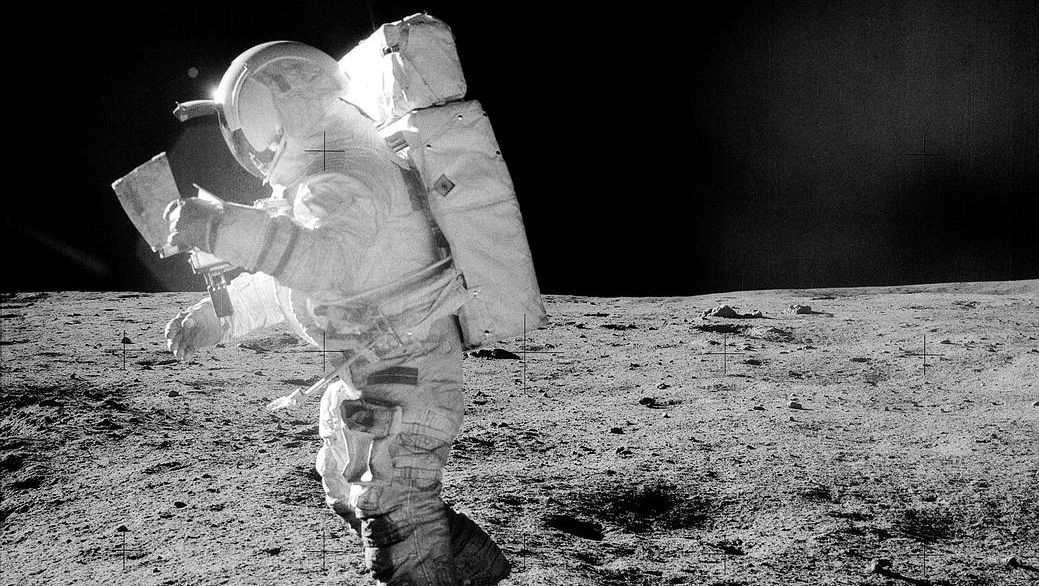 El astronauta Edgar Mitchell, en la imagen, fue el sexto hombre que pisó la Luna. El primero que lo hizo fue Neil Armstrong, el 21 de julio de 1969