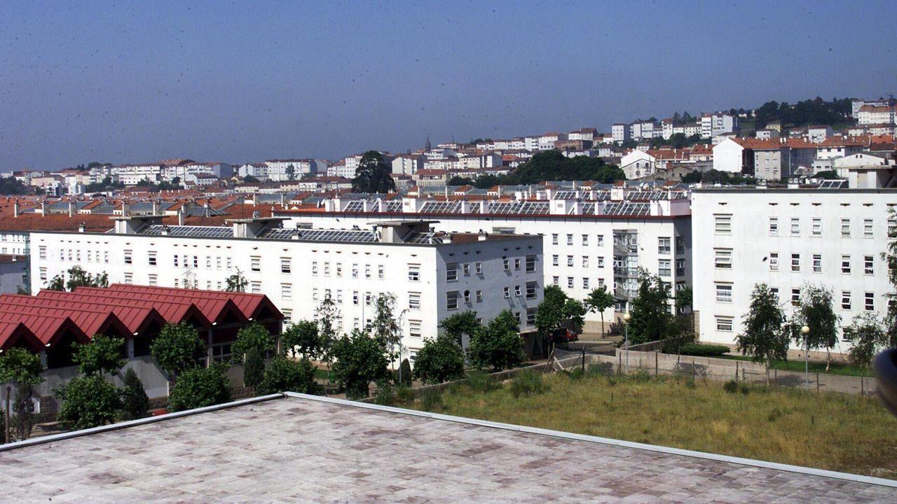 Desarticulada en Oviedo y Gijón una gran red china que producía marihuana en naves industriales.Las actuales restricciones obligan a los centros comerciales a cerrar durante el fin de semana