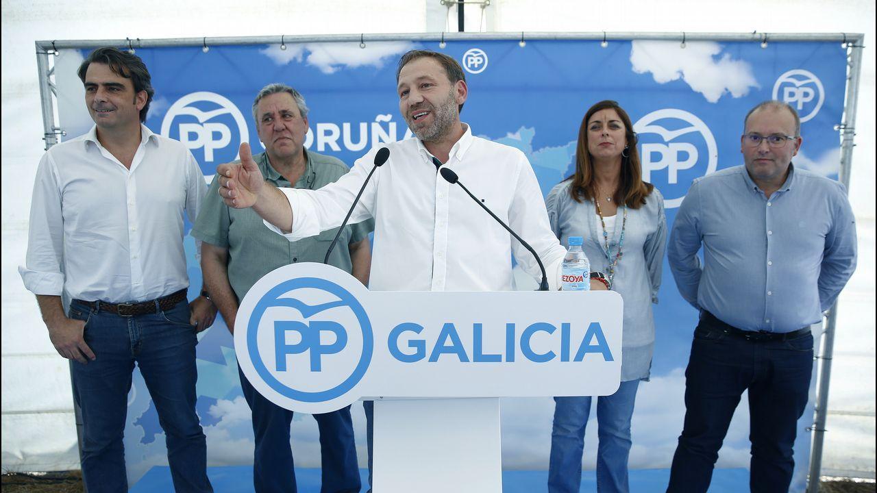 Manifestación por la atención primaria y la sanidad pública celebrada este jueves en Vigo