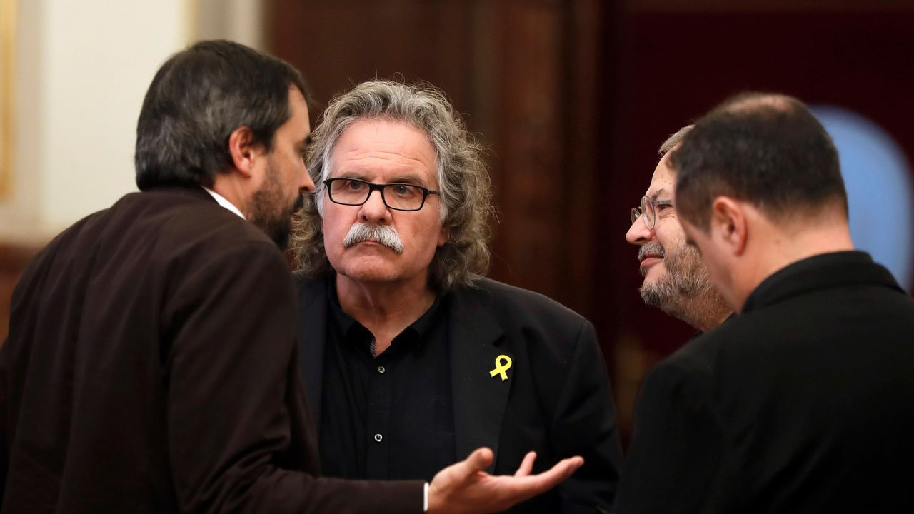 | EFE.Imagen de los ministros tomada por Meritxell Batet mientras observaban la comparecencia de Pedro Sánchez