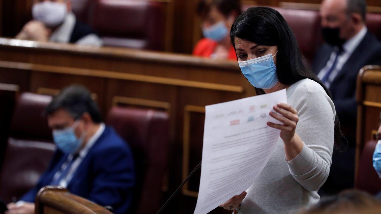 La diputada de Vox Macarena Olona, durante la sesión de control al Gobierno de este miércoles