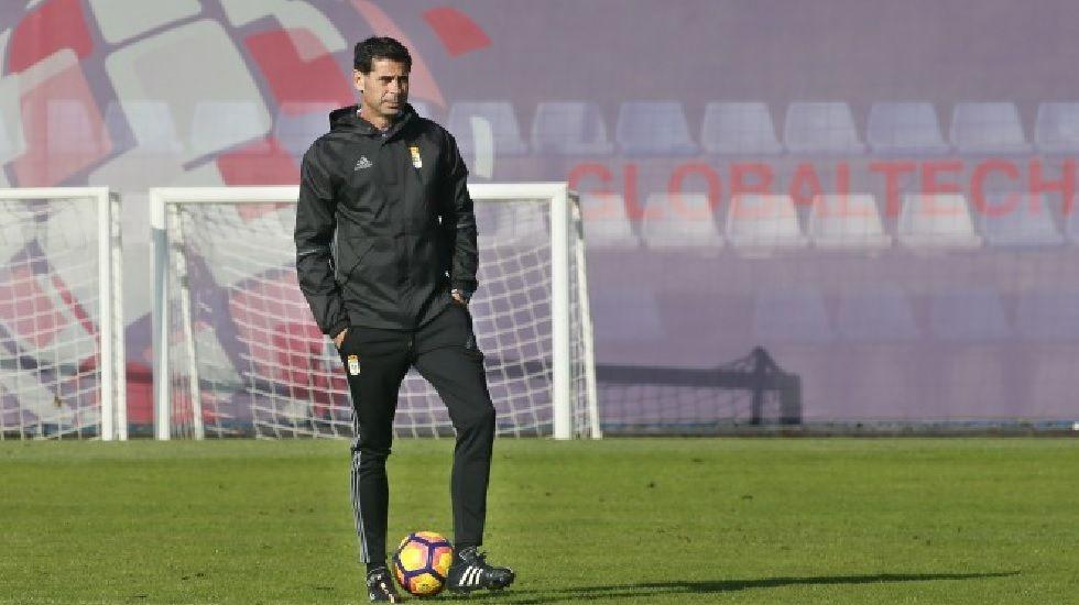 Hervías, Pelayo y Josete en su estapa en el Real Oviedo