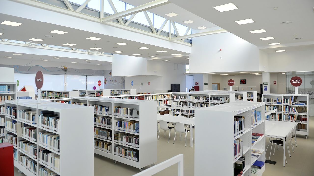 <span lang= gl >Así é a nova Biblioteca Central de Cambre</span>.VOZ NATURA