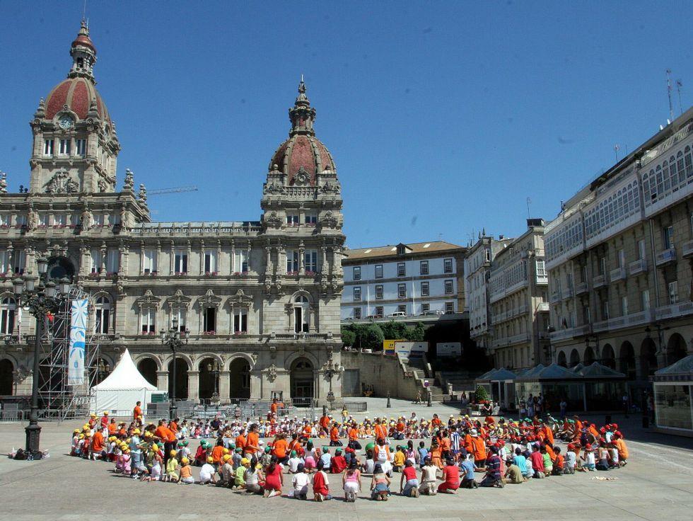 Participantes en unos de los campamentos urbanos veraniegos que organizó el Ayuntamiento en otras ediciones.