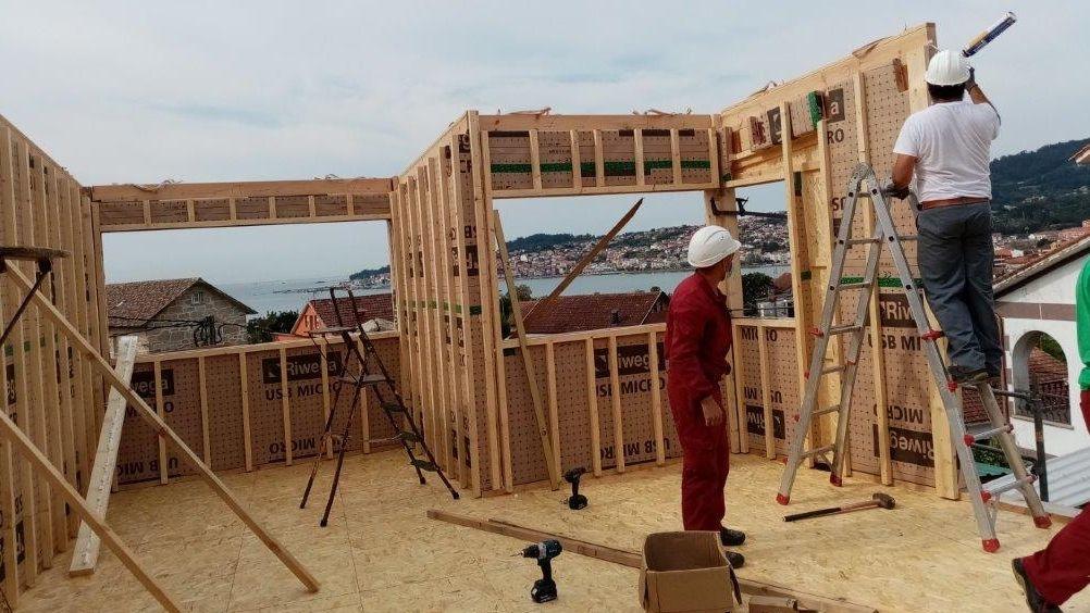 Brétema transforma la madera en hogares