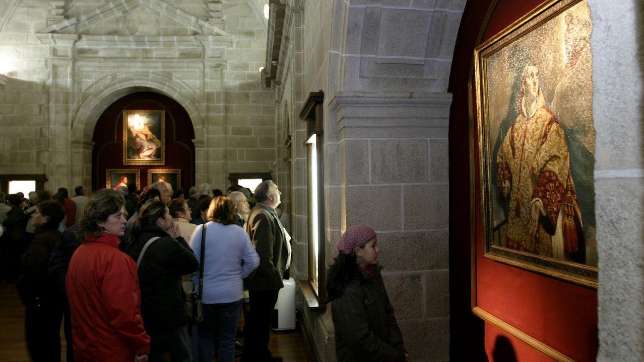 Visitantes en la pinacoteca del Colegio del Cardenal, en una imagen de archivo