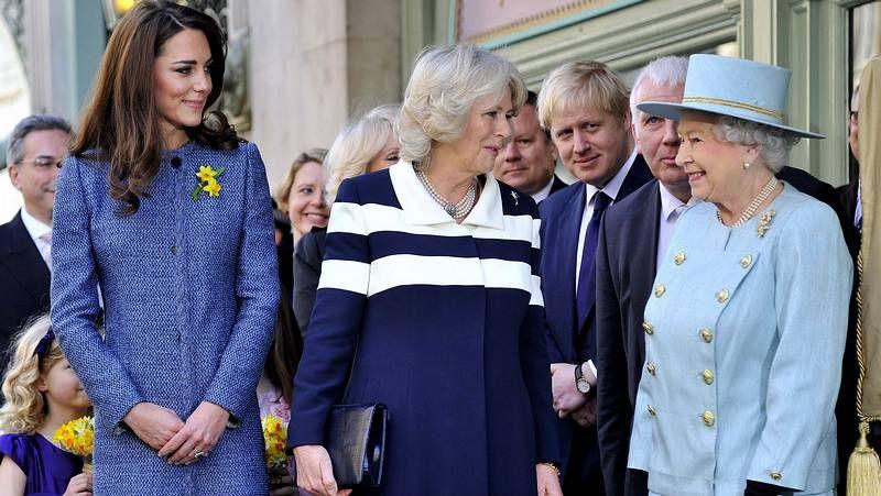 Kate Middleton y Guillermo de Inglaterra ponen fin a su gira por Asia y el Pacífico.Harry y Kate, protagonistas de los últimos escándalos