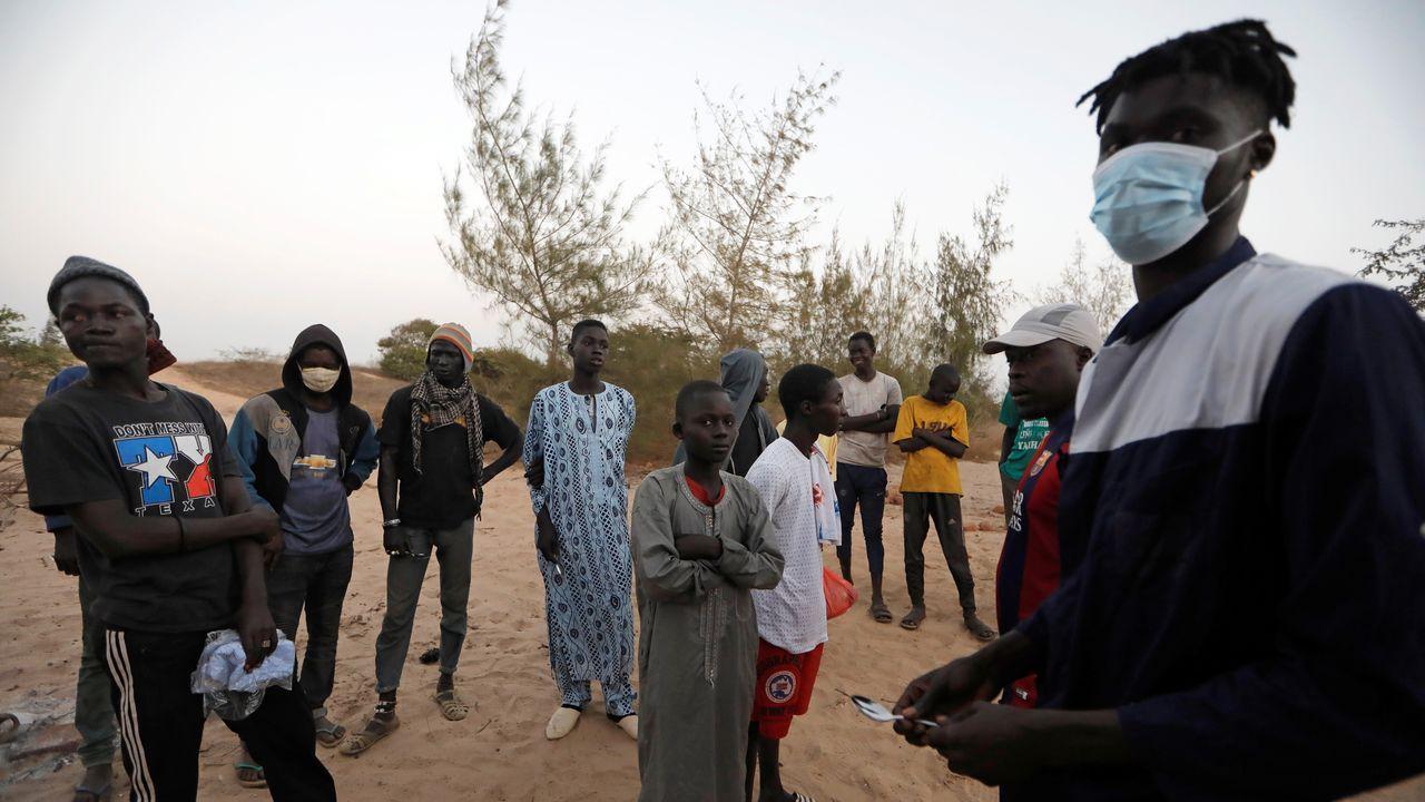 En Dakar, niños recién llegados a un hogar de acogida