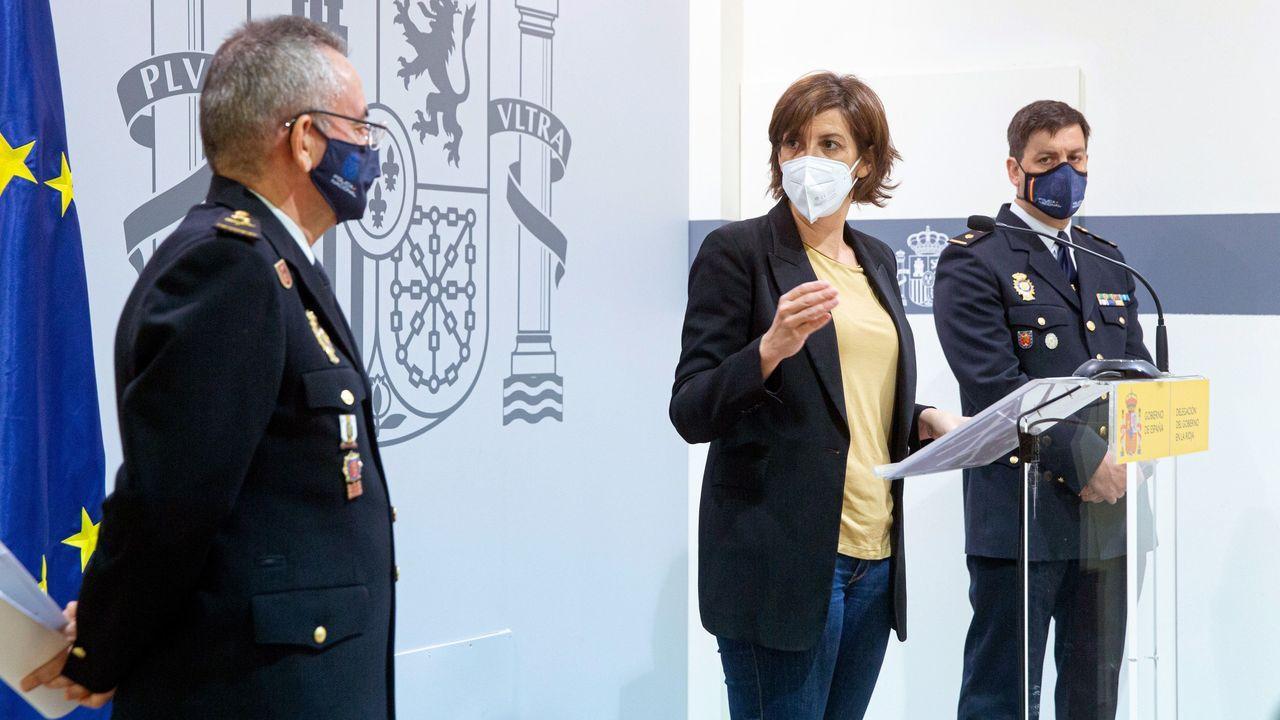 La delegada del Gobierno en La Rioja, María Marrodán; el jefe Superior de Policía, Jesús Herranz (izquierda) y el jefe de la Brigada Provincial de la Policía Judicial, Eduardo Esteban, durante la rueda de prensa celebrada hoy