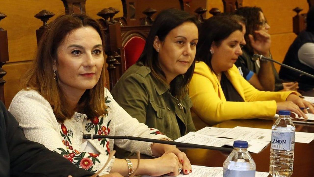 Cordal se defiende de las acusaciones del PP:?Dá igual que se apeliden López,Sánchez ou Iglesias?.