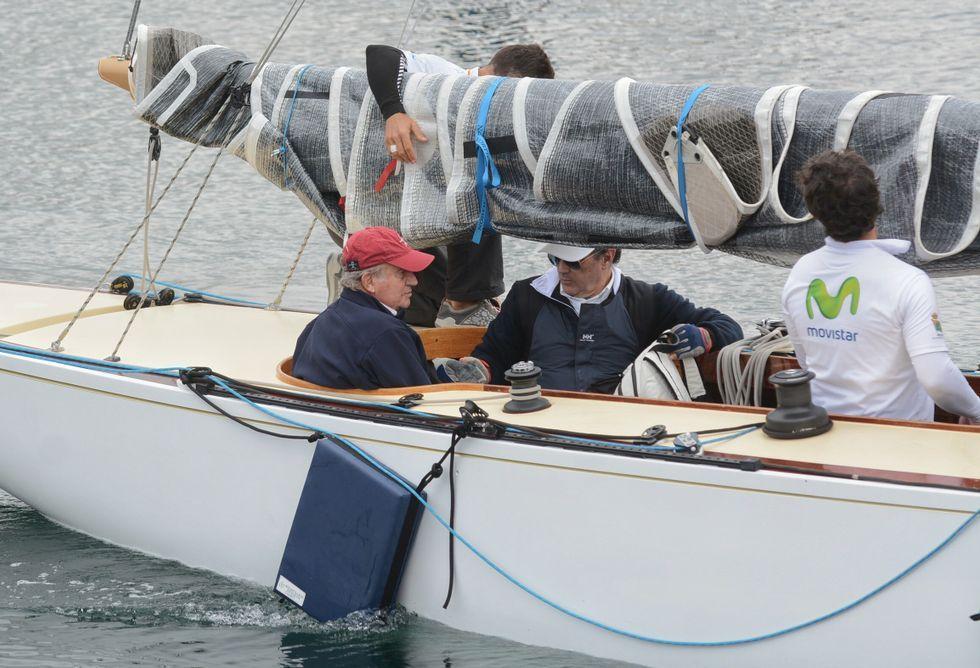 El rey emérito ganó, como patrón del «Gallant», la primera fase de la regata, de Sanxenxo a Marín.