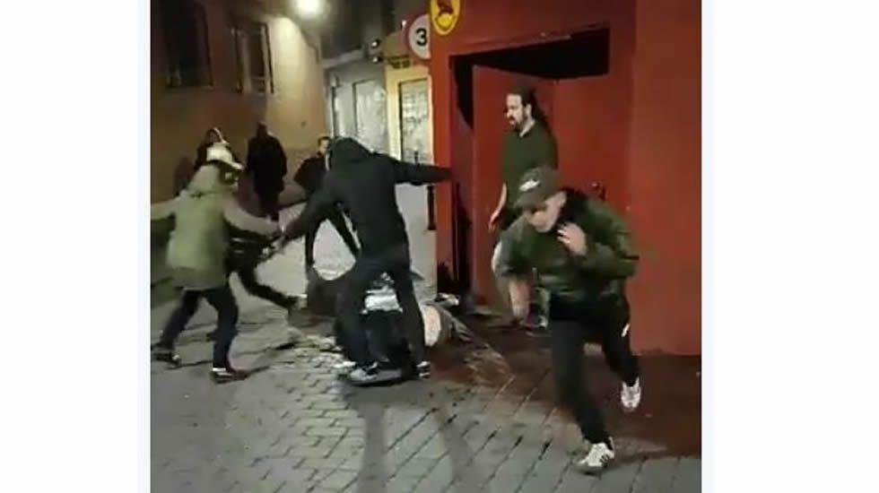 Imagen de la agresión que sufrió la ahora detenida en enero