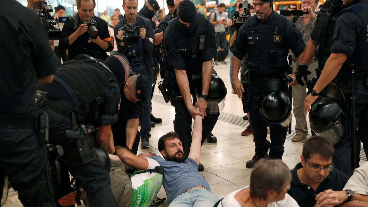 La protesta en Barcelona contra la sentencia del «procés», en imágenes.BERTÍN OSBORNE DURANTE LA PRESENTACIÓN DE SU ÚLTIMO DISCO