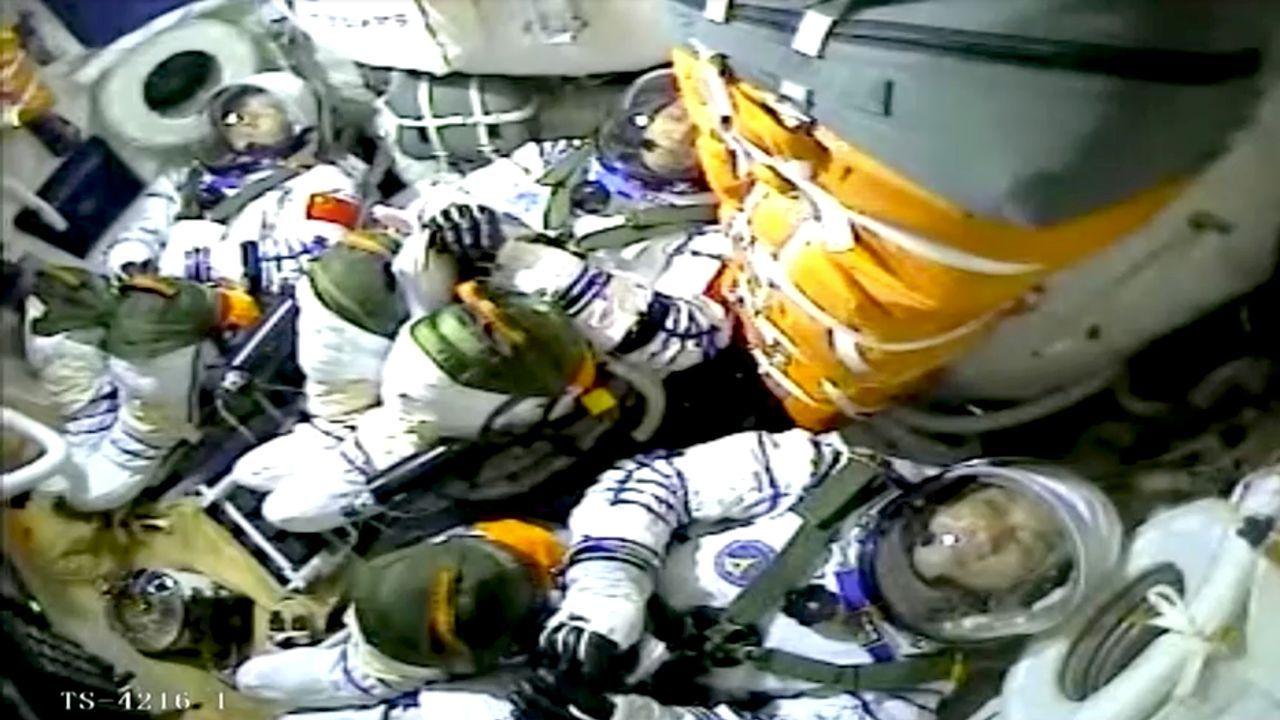 La nave espacial china Shenzhou-12 despegó con éxito con tres astronautas a bordo