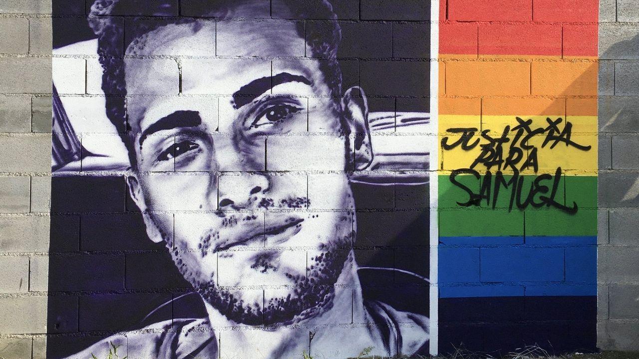 Mural con la imagen de Samuel Luiz, en Ourense