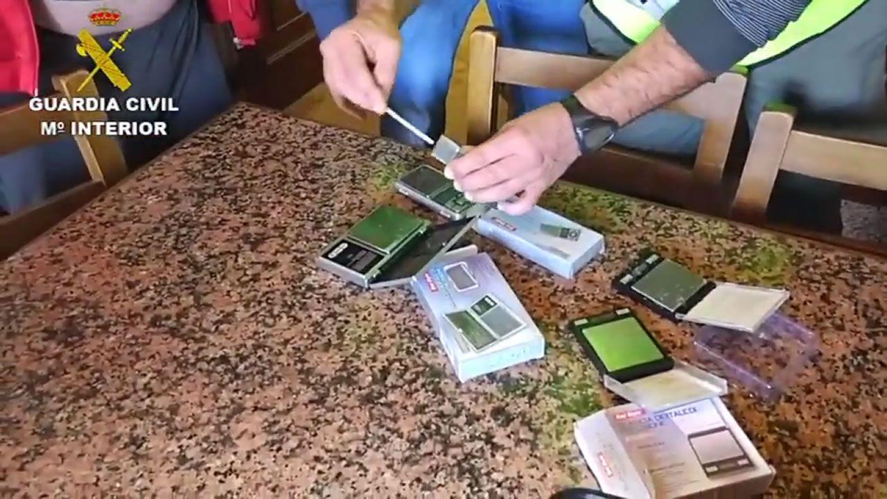 La red albanesa con base en Santiago distribuía varios kilos de heroína a la semana en toda Galicia y en Asturias