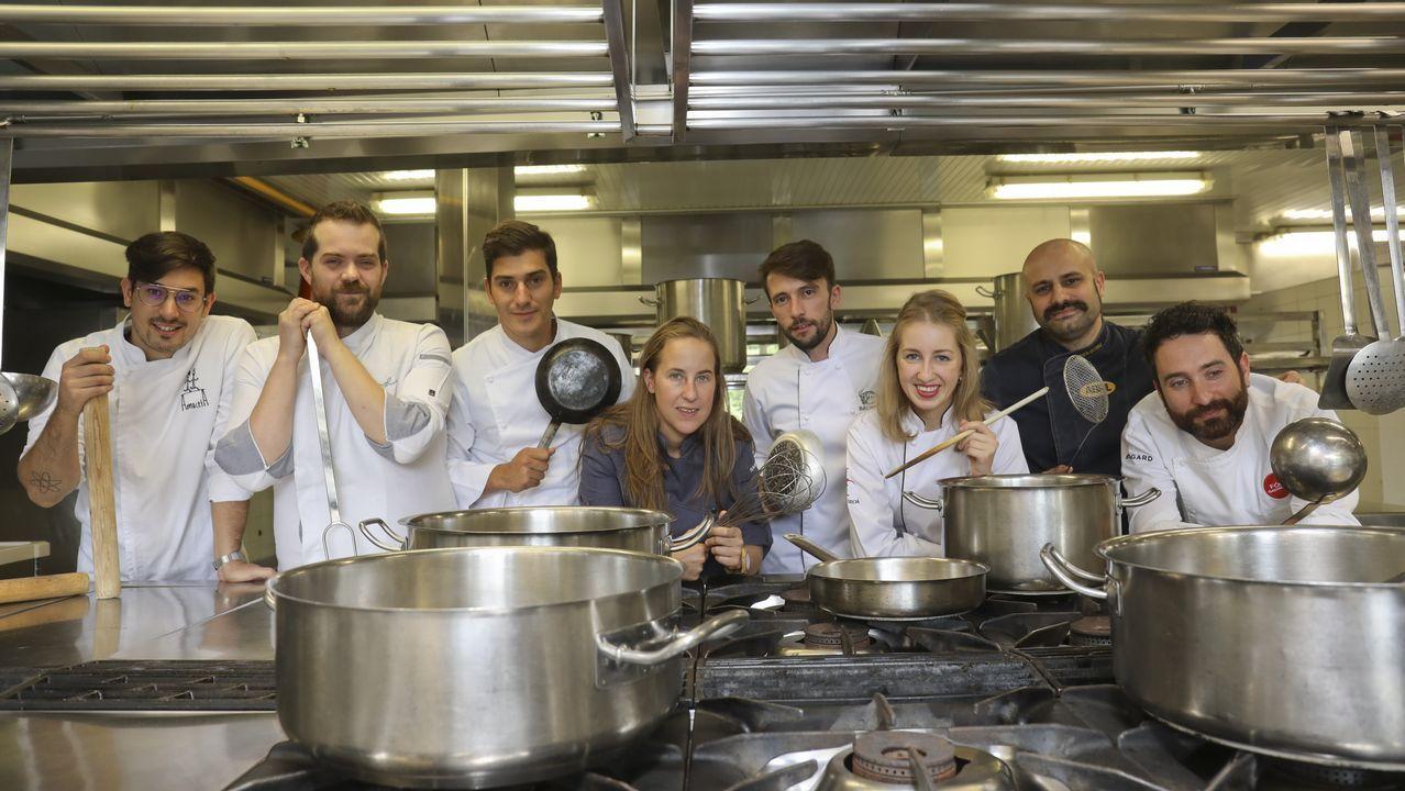 De izquierda a derecha, Jorge Gago, Diego López, Alberto Lareo, Iria Espinosa, Suso Crespo, Lara del Río, Gerson Iglesias y Dani López