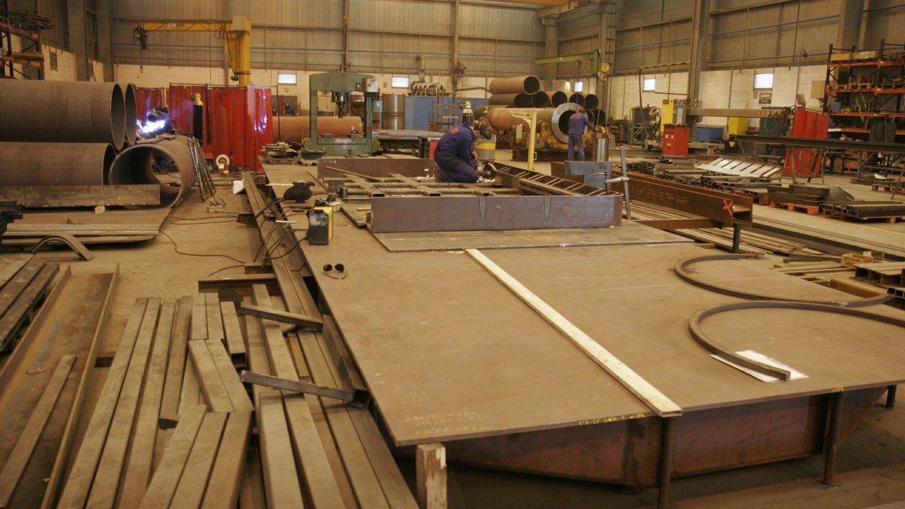 En la imagen, talleres de Intaf, una de las empresas que colaboran en el nuevo ciclo dual de fabricación mecánica