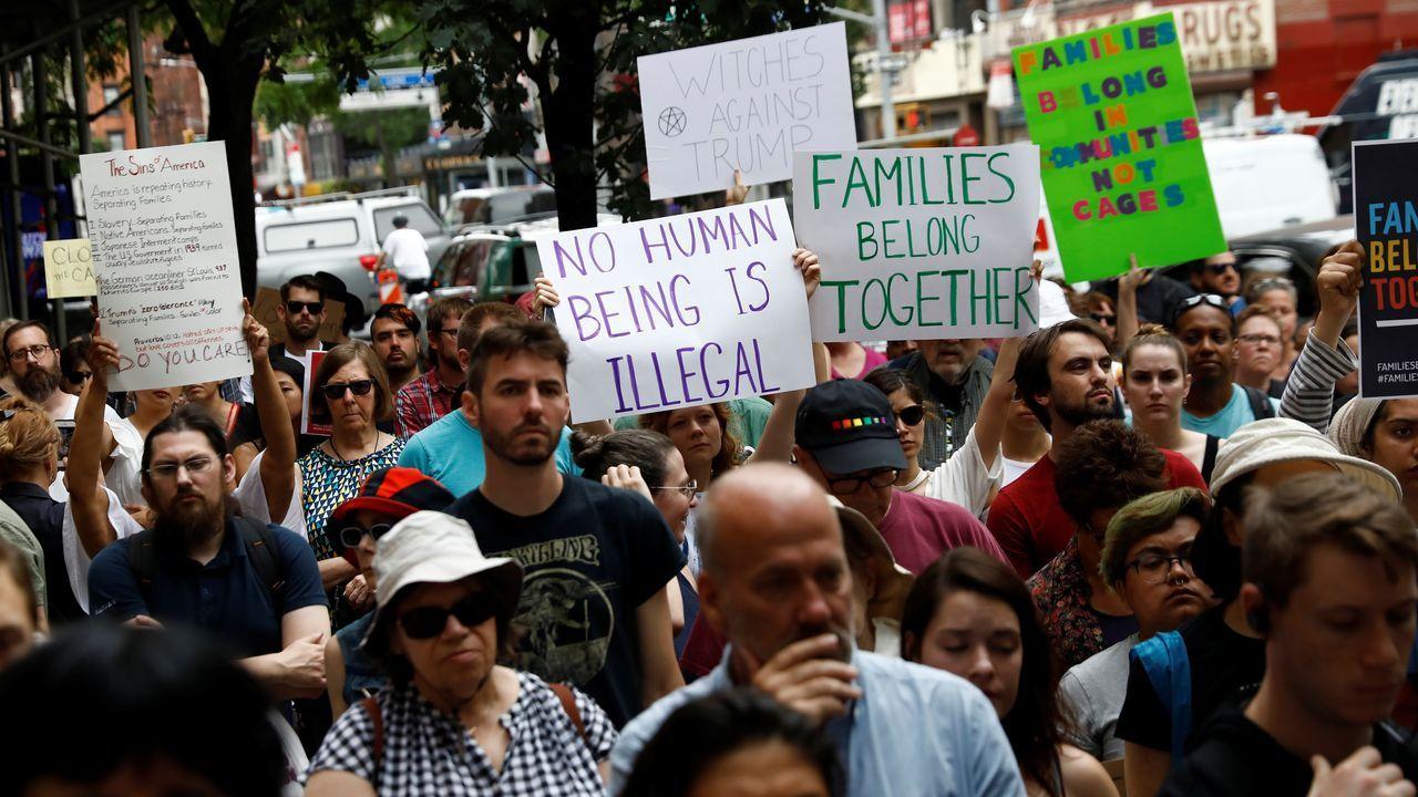 Padre Ángel.Protesta en Nueva York tras conocerse los detalles de los centros de detención de migrantes