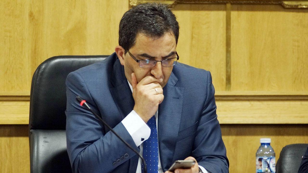 ANTONIO PÉREZ (exalcalde de Xinzo de Limia): Dimitió en marzo tras ser condenado a ocho años por prevaricación continuada en la contratación de varios trabajadores en el Concello