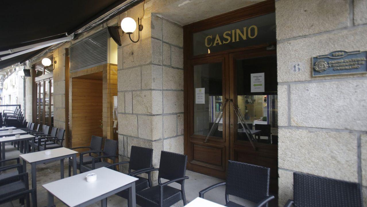 El casino de O Carballiño cumplió 50 años en el 2014