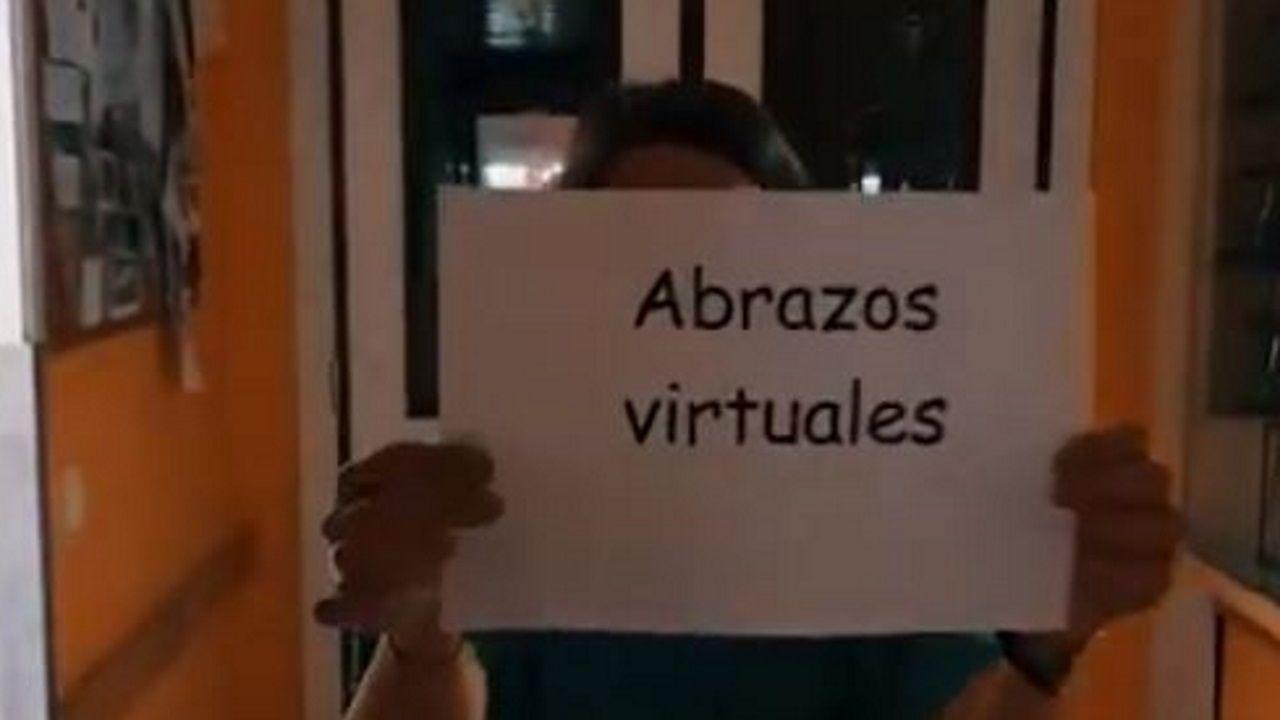 «Necesito espacio».Lora Odisea videoclip