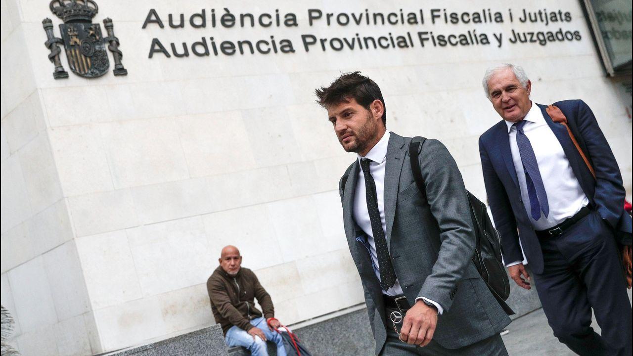 Arribas Alex Lopez Real Oviedo Extremadura Carlos Tartiere.Nieto, Borja y ortuño celebran el 3-1 del Oviedo al Girona