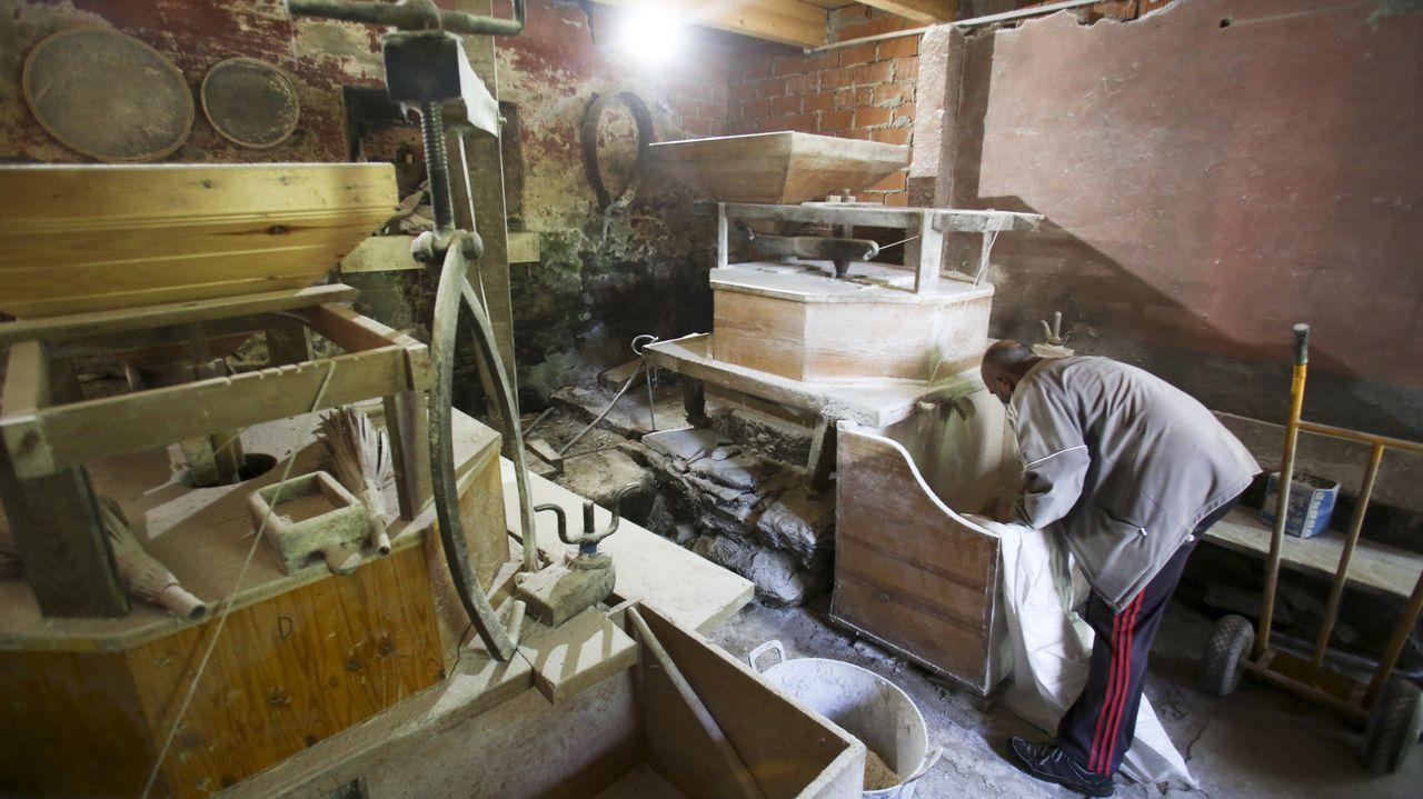 Son dos molinos, uno se uso únicamente para moler trigo y el otro, para el maíz y el centeno
