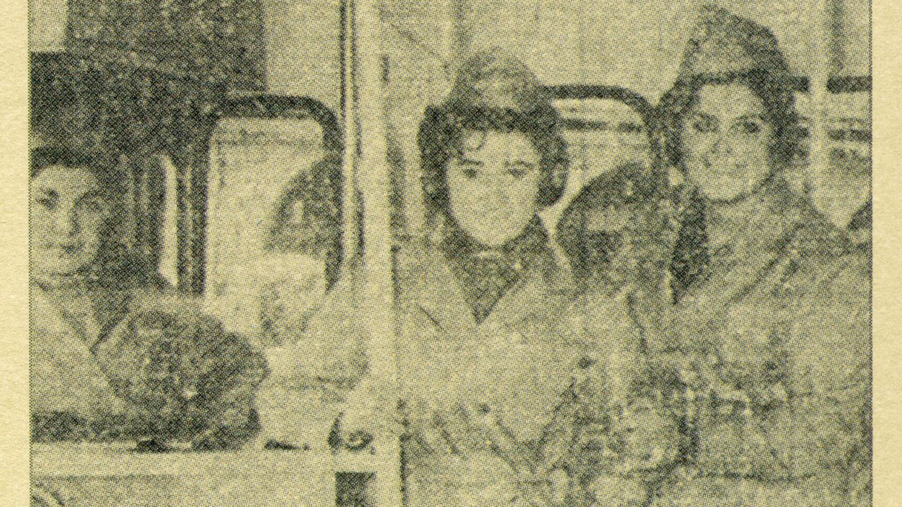 Nos anos sesenta, catro mulleres eran as encargadas de cobrar os billetes de autobús