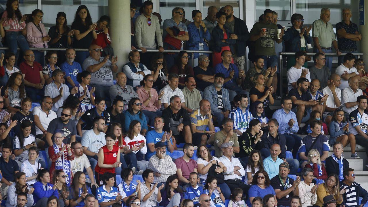 Las futbolistas azules celebran un tanto frente al Parquesol