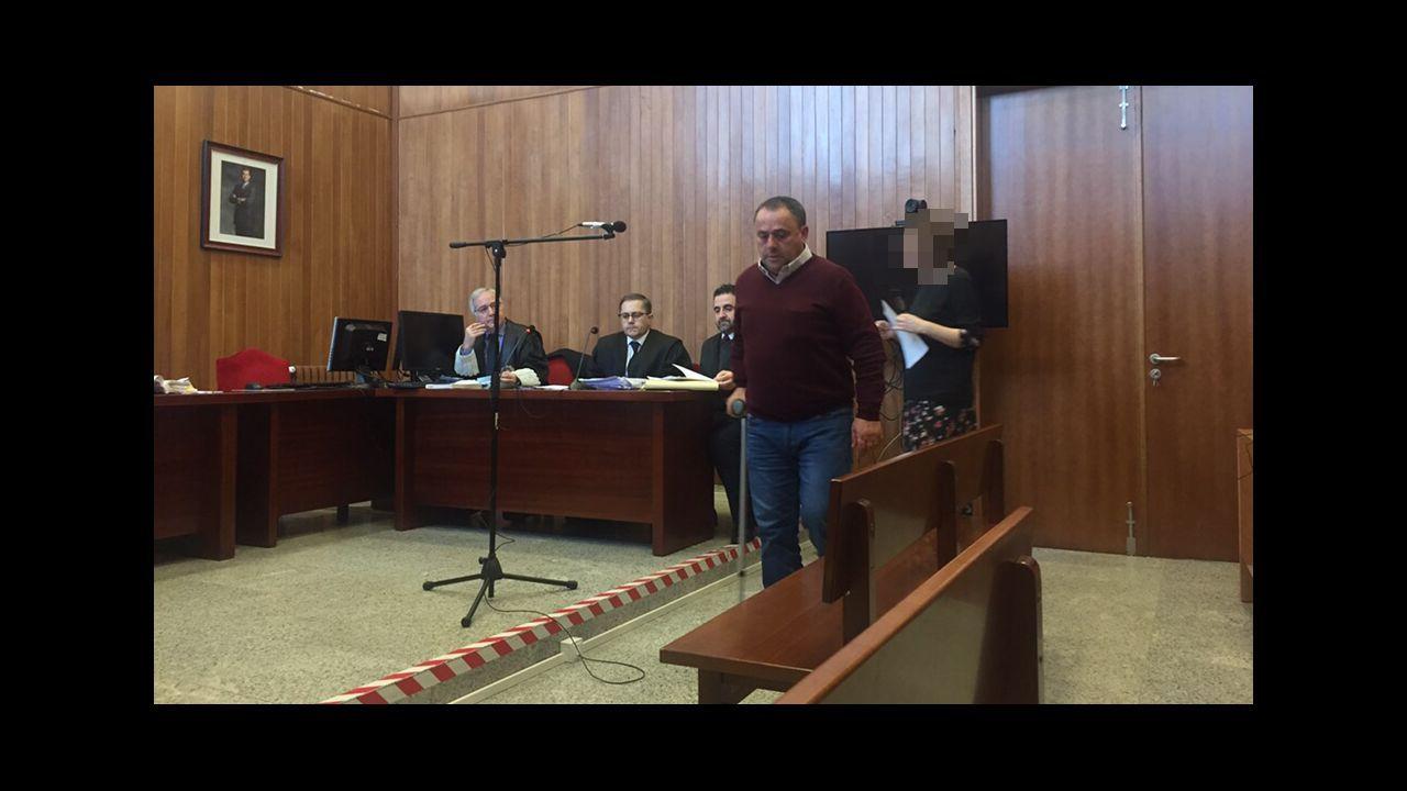 Entrada en los juzgados del supuesto asesino de la joven Ana Enjamio.Marcos Vidal González, autor del crimen de Ponte Caldelas