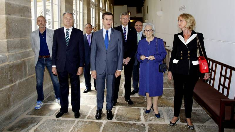 La relación entre la secretaria (en el centro de la imagen) y el alcalde ha sido siempre muy tirante.