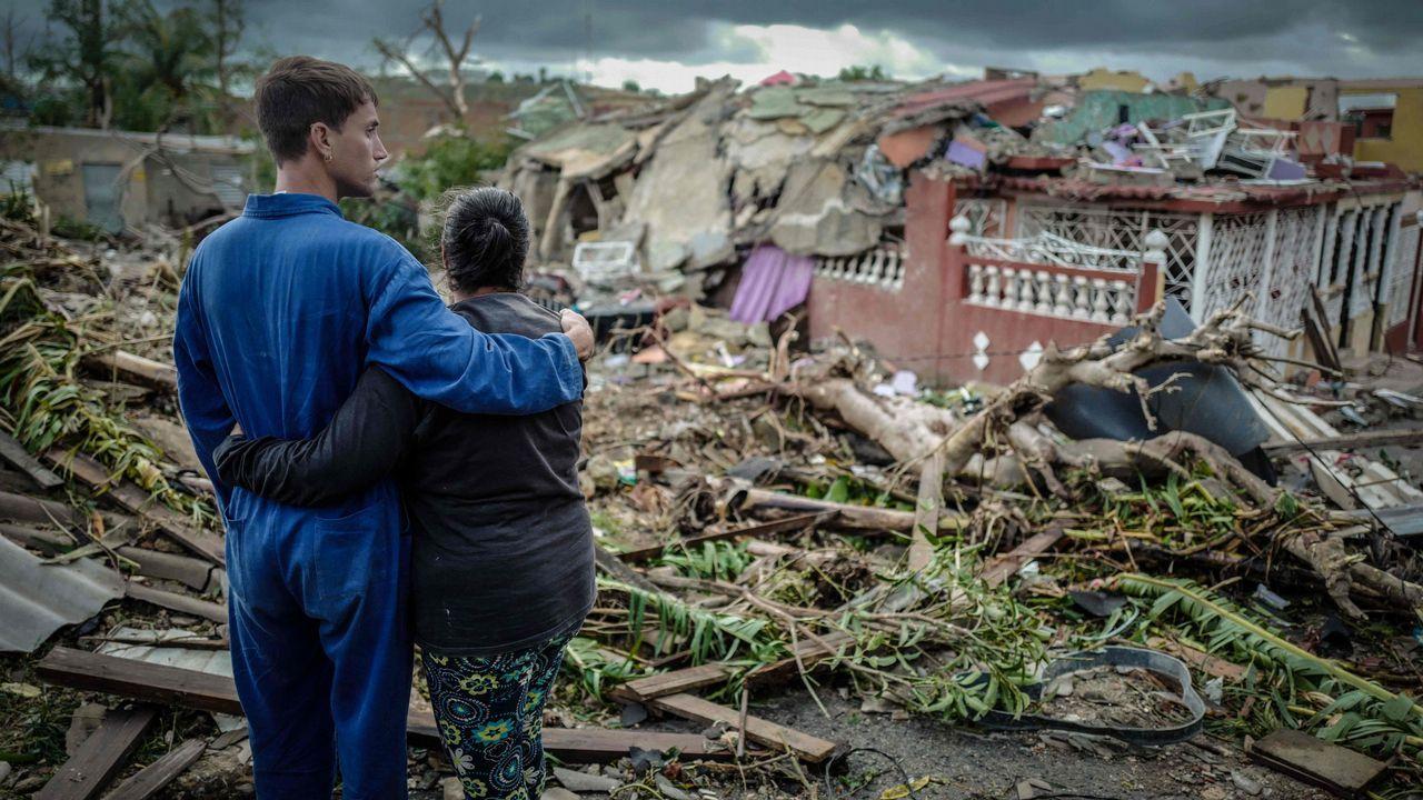Un tornado golpea La Habana.El cuidado de la familia es uno de las reglas que se repite