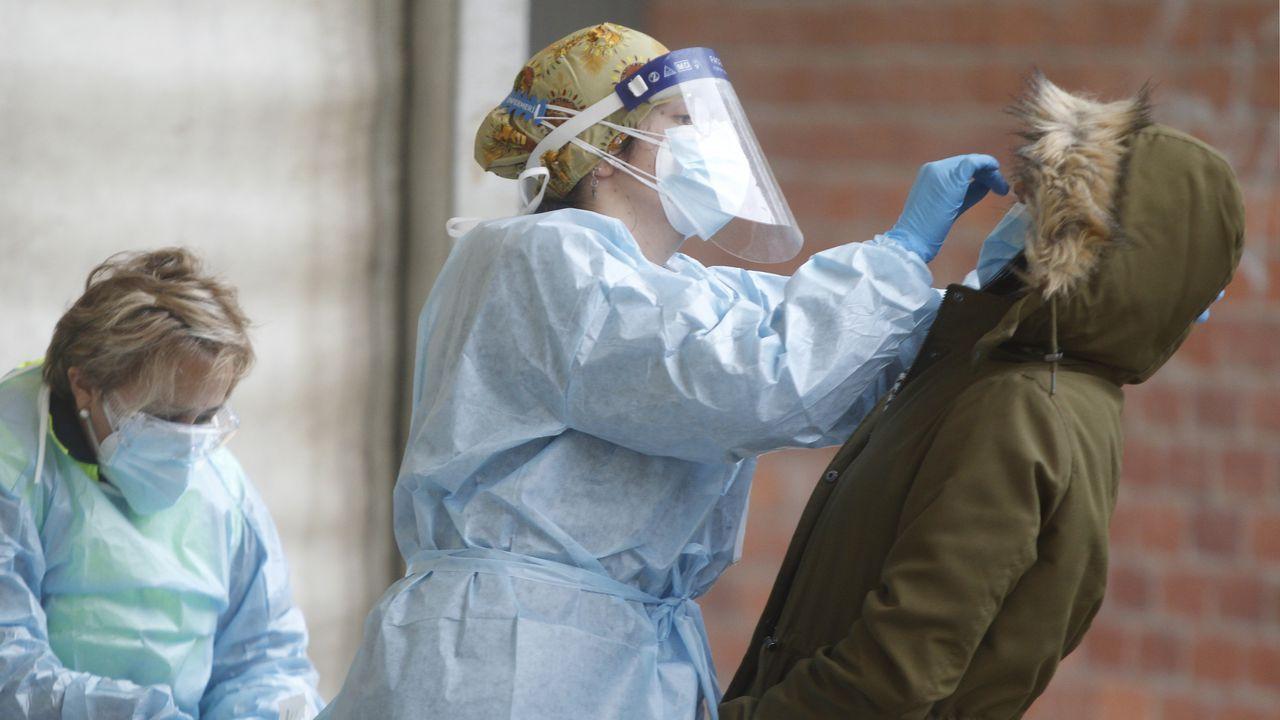 Galicia se prepara ya para empezar a vacunar.Pruebas del covid en As Pontes