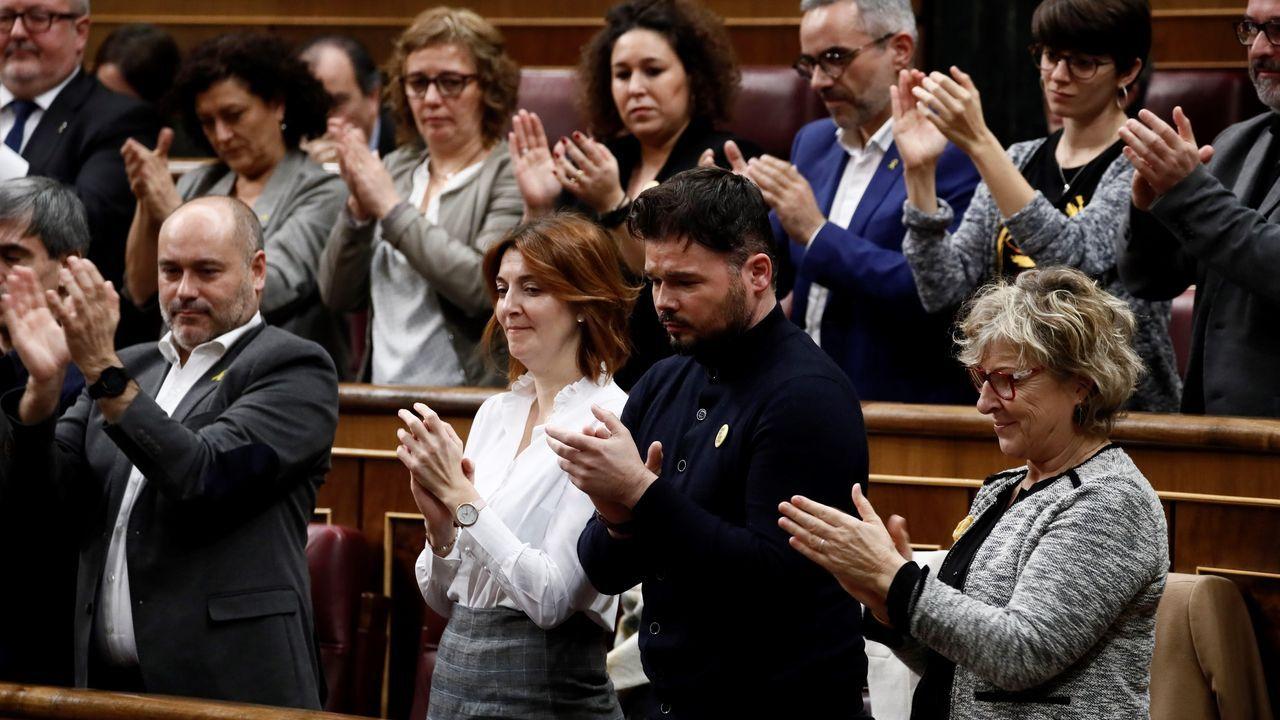 Darias y Rodríguez Uribes, los nuevos ministros de Política Territorial y Cultura.Comín y Puigdemont tramitando sus credenciales de diputados en el Parlamento Europeo