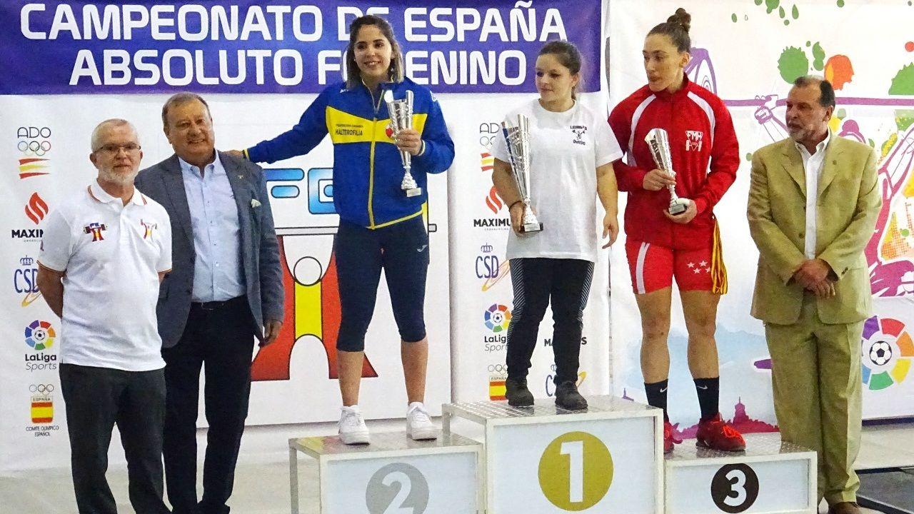 Olga García, en el escalón del primer puesto como campeona de España