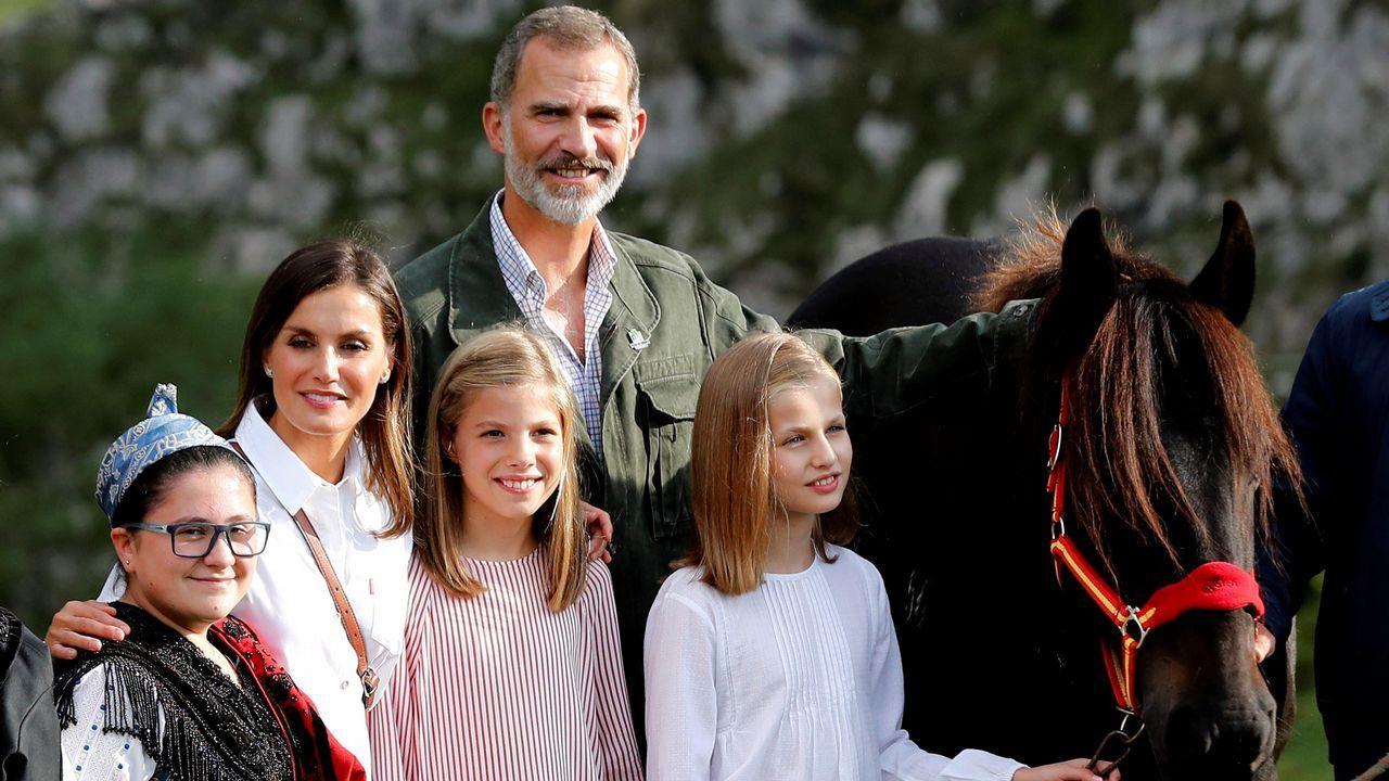 La Princesa de Asturias inaugura el mirador que lleva su título en los Lagos de Covadonga