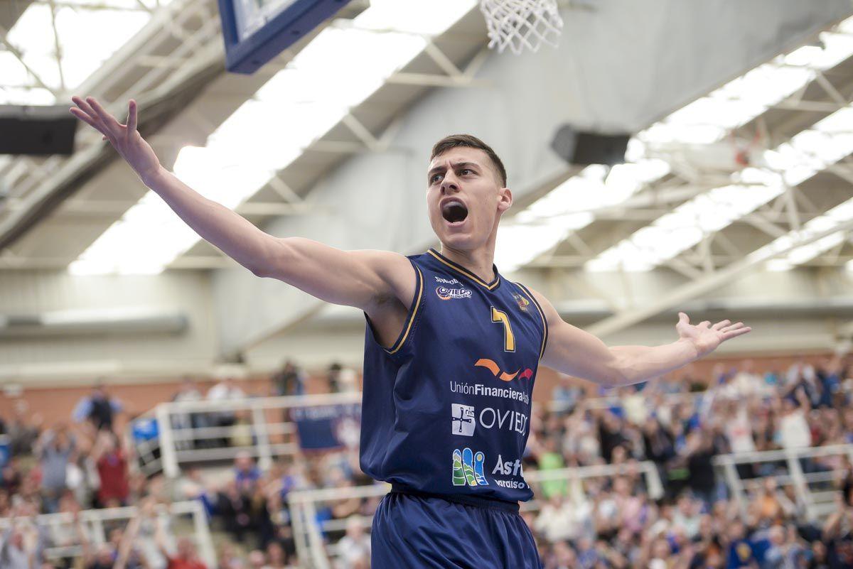 El Oviedo Baloncesto gana el segundo partido de la eliminatoria de ascenso