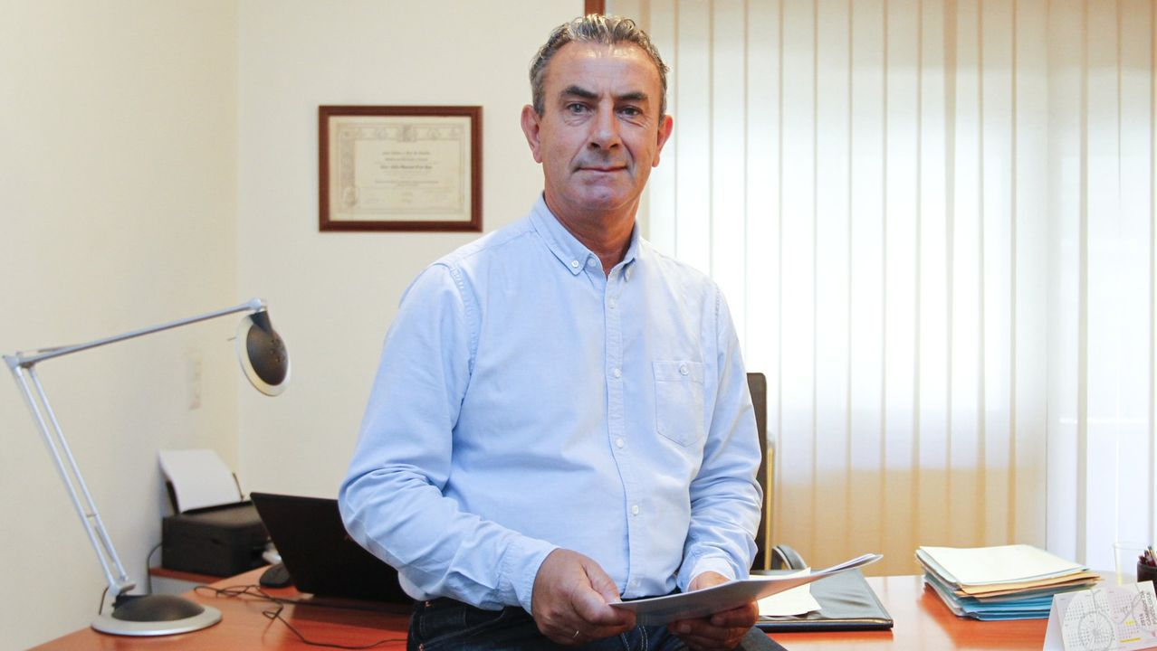 Usuarios de los centros socioculturales de Santiago animan la cuarentena.Manuel Couto cedió gratuitamente su vivienda de uso turístico a una enfermera