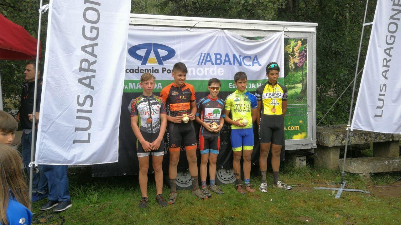 etapa asturias asturiana de La Vuelta.Las ciclistas, en el alto de la Cubilla, en junio