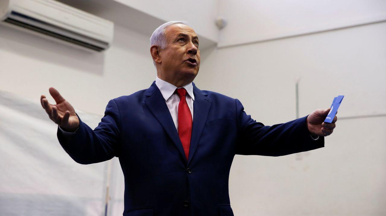 Benjamin Netanyahu, momentos antes de votar