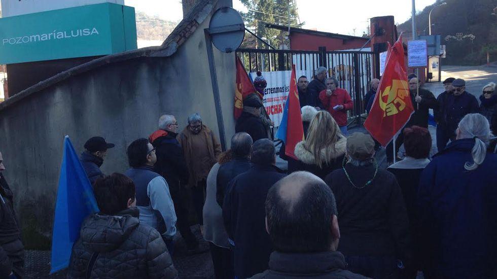 Movilización el 30 de diciembre a las puertas de María Luisa contra el cierre del pozo.Movilización el 30 de diciembre a las puertas de María Luisa contra el cierre del pozo