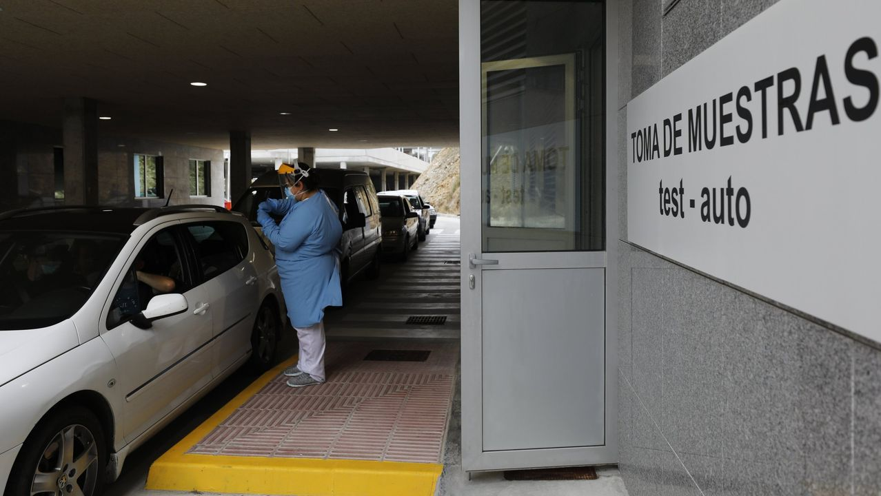 Imaxe de arquivo da zona do Hospital da Mariña onde se fan probas do covid