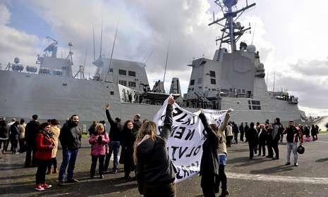 Despedida de la fragata F-105 en la base de A Graña el pasado 24 de febrero.